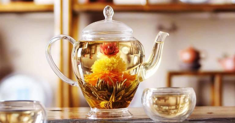 Dùng tuyết liên hoa để pha trà